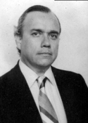 1986 Mario Antonio Sandoval Samayoa (30 de noviembre de 1947 - )
