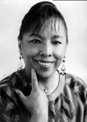 1992 Marina Coronado de Noriega (8 de marzo de 1937 - )