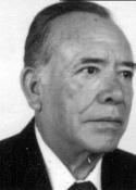 1995 Luis Morales Chúa, fue Jefe de Información de Prensa Libre, autor de la columna Tiempo y Destino que publica en Prensa Libre (3 de octubre de 2010)