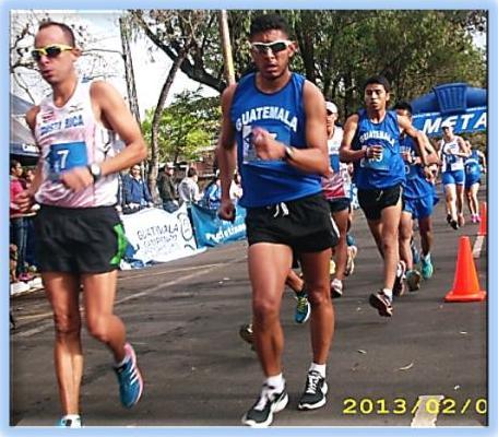 Allan Segura Medina (7), de Guatemala y Mario Alfonso Bran Granillo (47) de Guatemala, 1-2 en categoría mayor, 20 k (JAS)