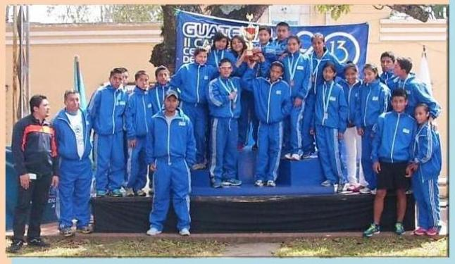Marchistas de Guatemala ,con el Campeonato absoluto centroamericano 2013 (JAS)
