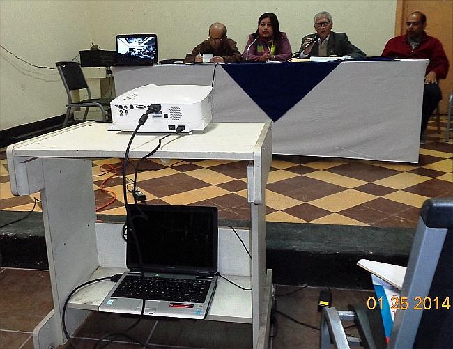 De izquierda a derecha: Jesús Alvarado Mendizábal, Lucía Dubón López, Salvador Bonini y  Francisco Javier Hurtarte Gordillo, del Consejo Directivo, durante la Asamblea general del IPSP (jtp).